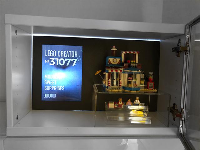 レゴ展示ボード黒ポスター照明付き